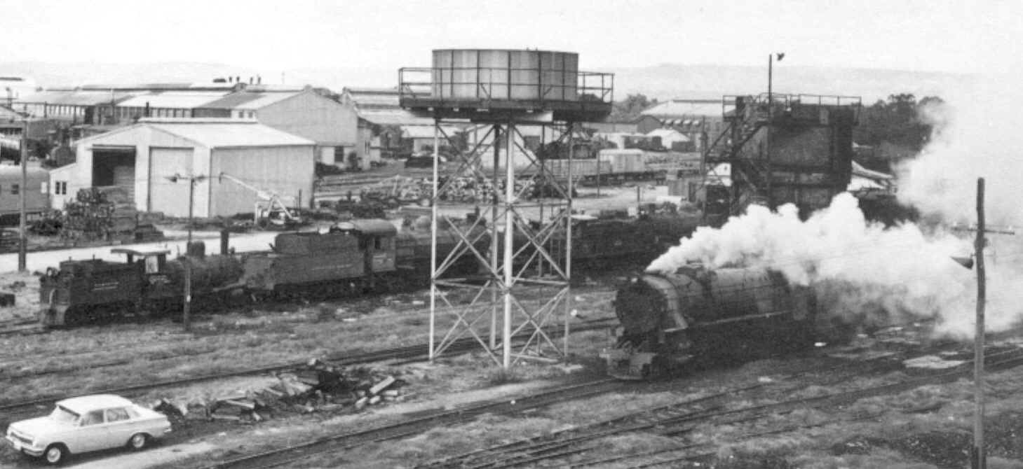 On 28th May 1971 V 1215 worked number 35 Goods from Midland. The last steam  from Midland Loco